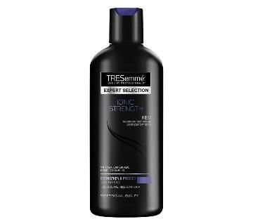 TRESemmé Ionic Strength Shampoo 190ml (67068987)