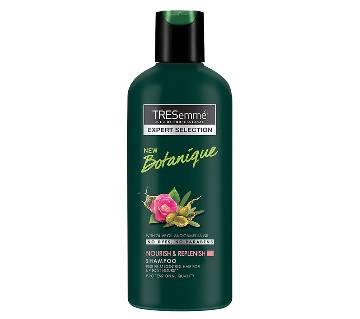 TRESemmé Botanique Nourish and Replenish Shampoo 190ml (67222793)