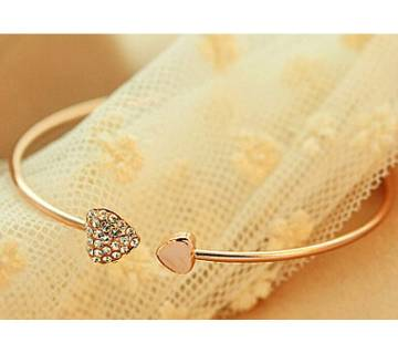 Chia Fashion Heart Cuff Unisex Bracelet (by Pink Point - CHIA26)