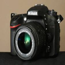Nikon D7100 24.1 MP DX-Format CMOS Digital SLR ক্যামেরা  with 18-55mm