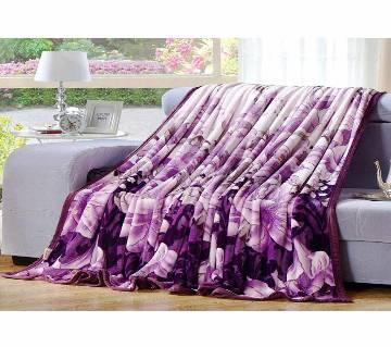 Magenta Microfiber Blanket - (60 x 80 Inchi)