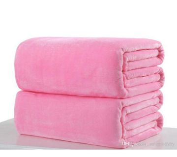 Pack of 2 Magenta Microfiber Blanket - (60 x 80 Inchi)