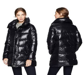 Ladies Full Sleeve Down Hooded puffer jacket