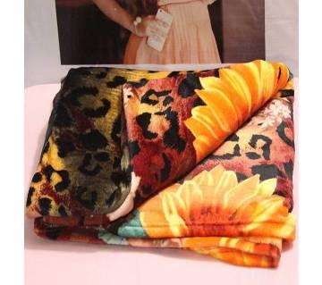 Multi-Color Microfiber Blanket - (72 x 100 Inch)