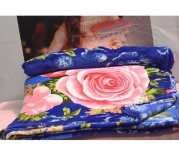 Flower printed  winter Blanket - (60 x 80)