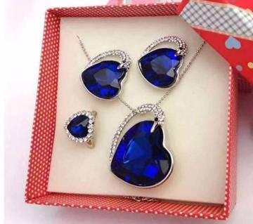 Heart Shaped Stone Setting Jewellery Set