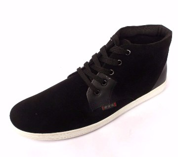 9d06bf884cc Comfortable Gents Converse   Sneakers in BD