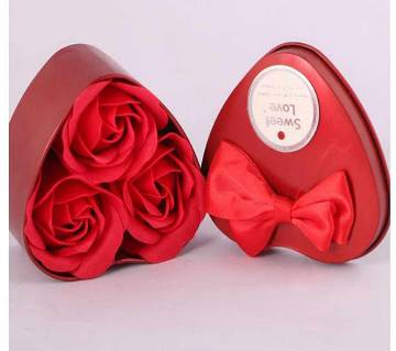 Sweet Love Aluminium Gift Box