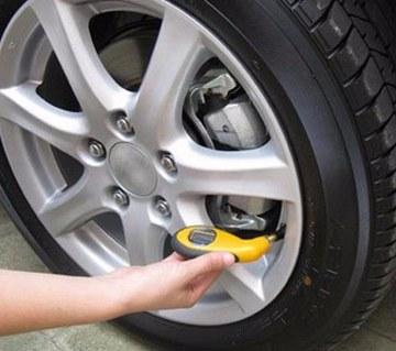 Car tire digital pressure gauge