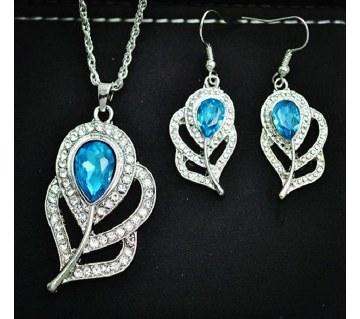 Blue stone setting necklace set
