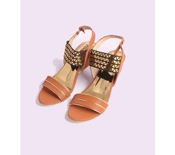 Armans Ladies Semi-High Heels