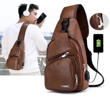 Cross body leather bagpack