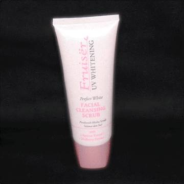 Fruiser Facial Cleansing Scrub - 100 ml