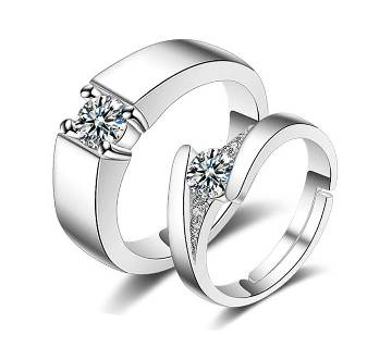 Diamond Stone Couple Finger Ring for this Valentine
