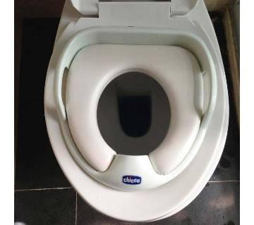 Baby toilet sit