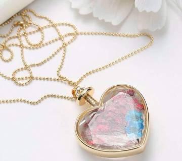 Heart shaped stone setting pendant