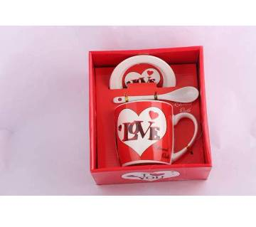 Love design ceramic mug with lead