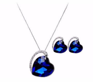 Heart Shaped stone Pendant Set