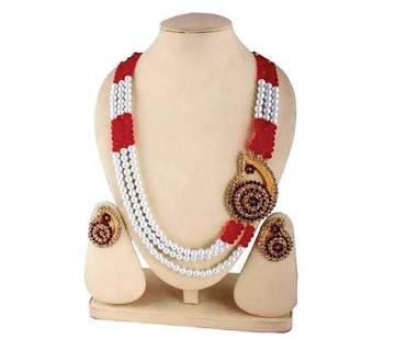 Artificial pearl necklace set