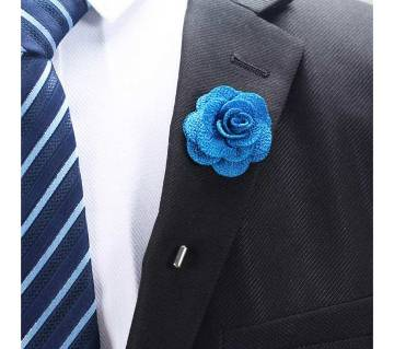 Flower pin with pocket square