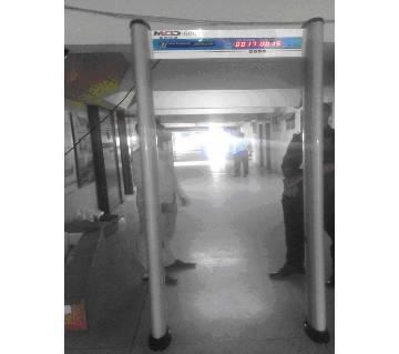 Archway Gate metal detector