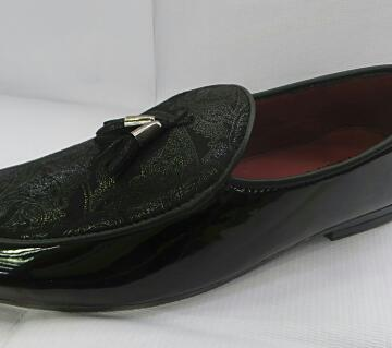 casual glossy loafer for men