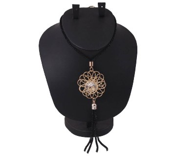 Diamond cut stone setting gold plated necklace