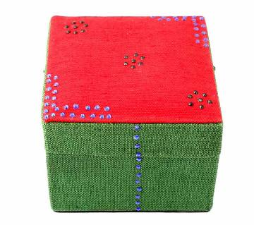 Exclusive Design Red Green Jewelry Box