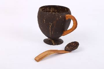 Handmade Coconut Shell Tea/ Coffee Cup with Spoon