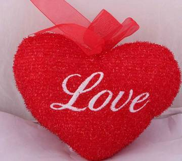 Love হার্ট শেপড পিলো