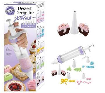 Wilton® Dessert Decorator Plus