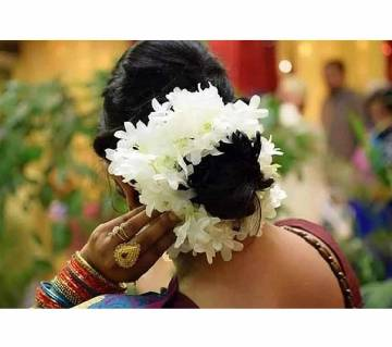 White Color Artificial Hair Flower For Woman