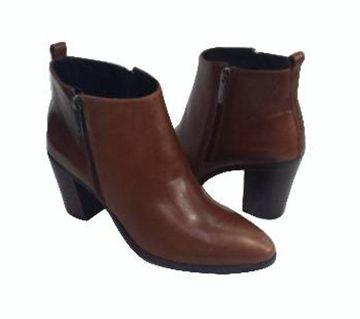 Ladies Leather Boot