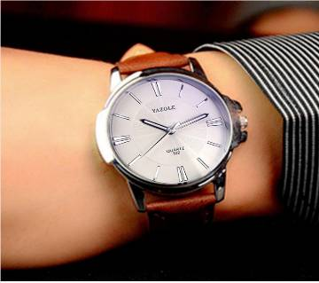 Leather Band Wristwatch