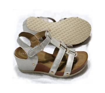 Womens fashionable heels