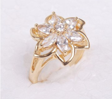 Ladies rhinestone setting gold plated finger ring