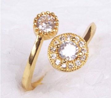 Ladies rhinestone setting gold plated finger ring