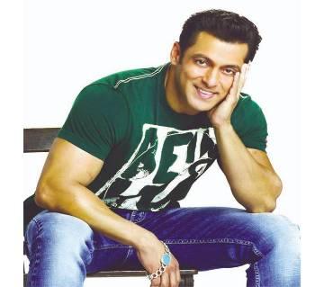 Salman Khan bracelet with blue stone stylist silver