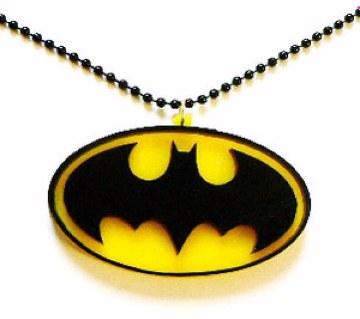 Batman লকেট উইথ চেইন ফর মেন -২০% ছাড়