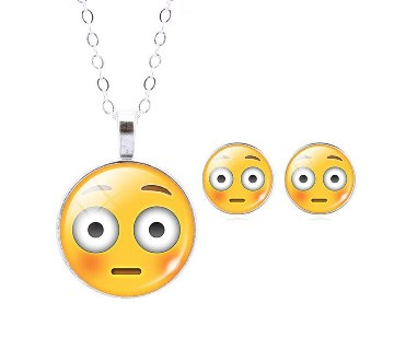 Smile Emoticon Earrings with Pendant