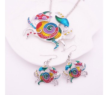 Crab Shaped Pendant With Earrings