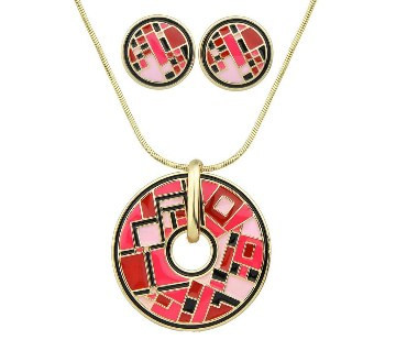 Round Shaped Pendant with Earrings