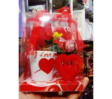 Cup and Flower Valentine Gift Set