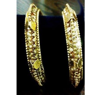 City Gold zinc alloy Bangles (2pis)