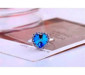 Heart shaped finger ring