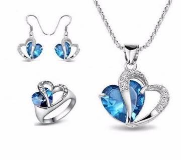BLuestone pendant set