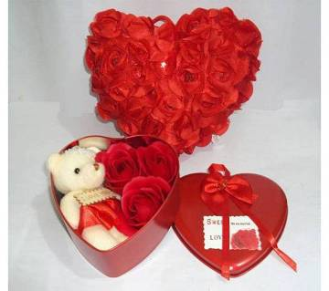 Valentine Gift Box with Pillow