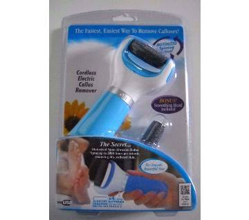 Cordless electric foot callus remover