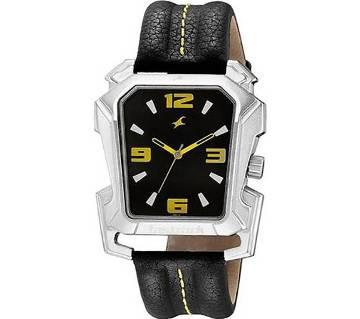 Fastrack 3131SSA -Black Leather Analog Watch