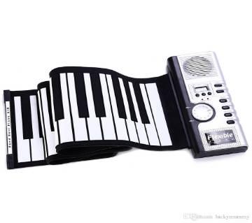 Foldable electronic piano